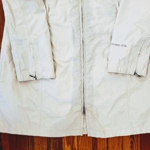 The North Face Jackets & Coats - THE NORTH FACE White HYVENT Waterproof MOUNTAIN LI